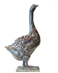 Small goose | animal sculpture in bronze by Coba Koster now for sale online! ✓Highest quality & service ✓Safe payment ✓Free shipping