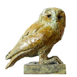 Tawny owl | animal sculpture in bronze by Coba Koster now for sale online! ✓Highest quality & service ✓Safe payment ✓Free shipping
