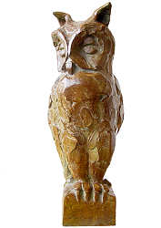 Long-eared owl | animal sculpture in bronze by Coba Koster now for sale online! ✓Highest quality & service ✓Safe payment ✓Free shipping