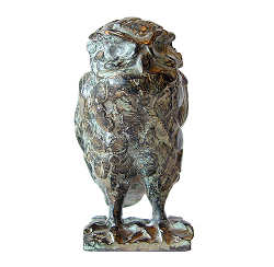 Little Owl | animal sculpture in bronze by Coba Koster now for sale online! ✓Highest quality & service ✓Safe payment ✓Free shipping