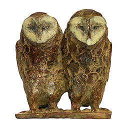 Barn owl couple | bird sculpture in bronze by Coba Koster now for sale online! ✓Highest quality & service ✓Safe payment ✓Free shipping