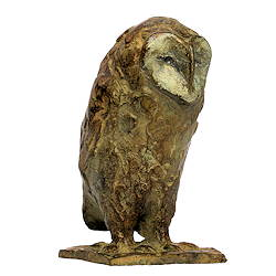 Small barn owl | bird sculpture in bronze by Coba Koster now for sale online! ✓Highest quality & service ✓Safe payment ✓Free shipping