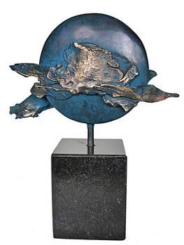 Blue Moon | natuur beeld in brons van Ernest Joachim koopt u nu online!Hoogste kwaliteit & serviceVeilig betalenGratis verzending