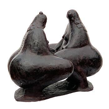 Small talk | bronzen model beeld van Evert van Hemert | Exclusieve kunst online te koop in de webshop van Galerie Wildevuur
