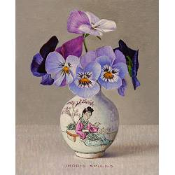 Small violets in Chinese vase | still life painting in oil by Ingrid Smuling now for sale online! ?Highest quality & service ?Safe payment ?Free shipping