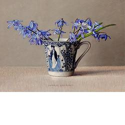 Scilla in cup | still life painting in oil by Ingrid Smuling now for sale online! ✓Highest quality & service ✓Safe payment ✓Free shipping
