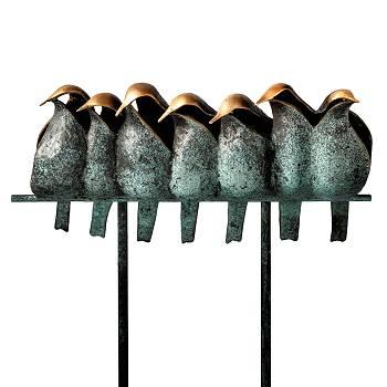 Eigenwijs | bronzen beeld van een raaf van Leon Veerman | Exclusieve kunst online te koop in de webshop van Galerie Wildevuur