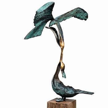 Dinner time | bronzen beeld van een raaf van Leon Veerman koopt u nu online! ✓Hoogste kwaliteit & service ✓Veilig betalen ✓Gratis verzending