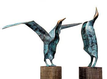 Albatros odyssee 3: Het weerzien | bronzen beeld van Leon Veerman | Exclusieve kunst online te koop in de webshop van Galerie Wildevuur