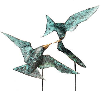 Love is in the air | vogelbeeld in brons van Leon Veerman | Exclusieve kunst online te koop in de webshop van Galerie Wildevuur