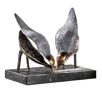 Langs de vloedlijn | bronzen beeld van drinkende vogels van Leon Veerman | Exclusieve kunst online te koop in de webshop van Galerie Wildevuur
