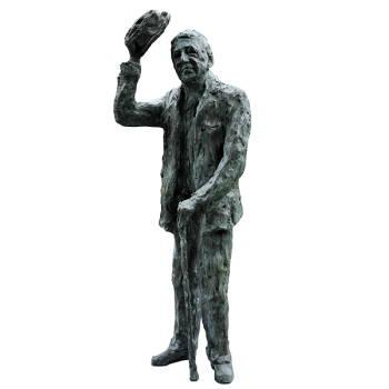 Groetende man | model beeld in brons van Maja van Berkestijn | Exclusieve kunst online te koop in de webshop van Galerie Wildevuur