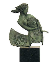 The labyrinth | model sculpture in bronze by Marion Visione now for sale online! ✓Highest quality & service ✓Safe payment ✓Free shipping