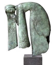 Courtisane | bronzen beeld van een vrouw van Marion Visione | Exclusieve kunst online te koop in de webshop van Galerie Wildevuur
