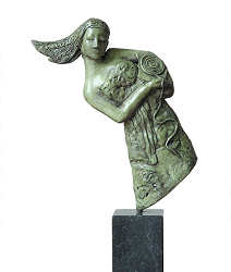 Ariadne | model sculpture in bronze by Marion Visione | Exclusive Dutch Master Art | View and buy the best artworks online now
