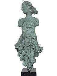 Verleidingsdans | bronzen beeld van een vrouw van Marion Visione | Exclusieve kunst online te koop in de webshop van Galerie Wildevuur