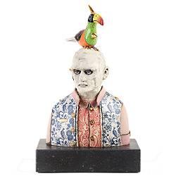 Gewoon persoon met Toekan | keramiek sculptuur van Peter Hiemstra koopt u nu online! ✓Hoogste kwaliteit ✓Veilig betalen ✓Gratis verzending