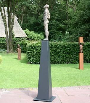 Considero | model beeld in brons van Philippe Timmermans | Exclusieve kunst online te koop in de webshop van Galerie Wildevuur
