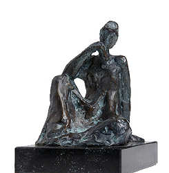 Sitting girl II | model sculpture in bronze by Piets Althuis | Exclusive Dutch Master Art | View and buy the best artworks online now